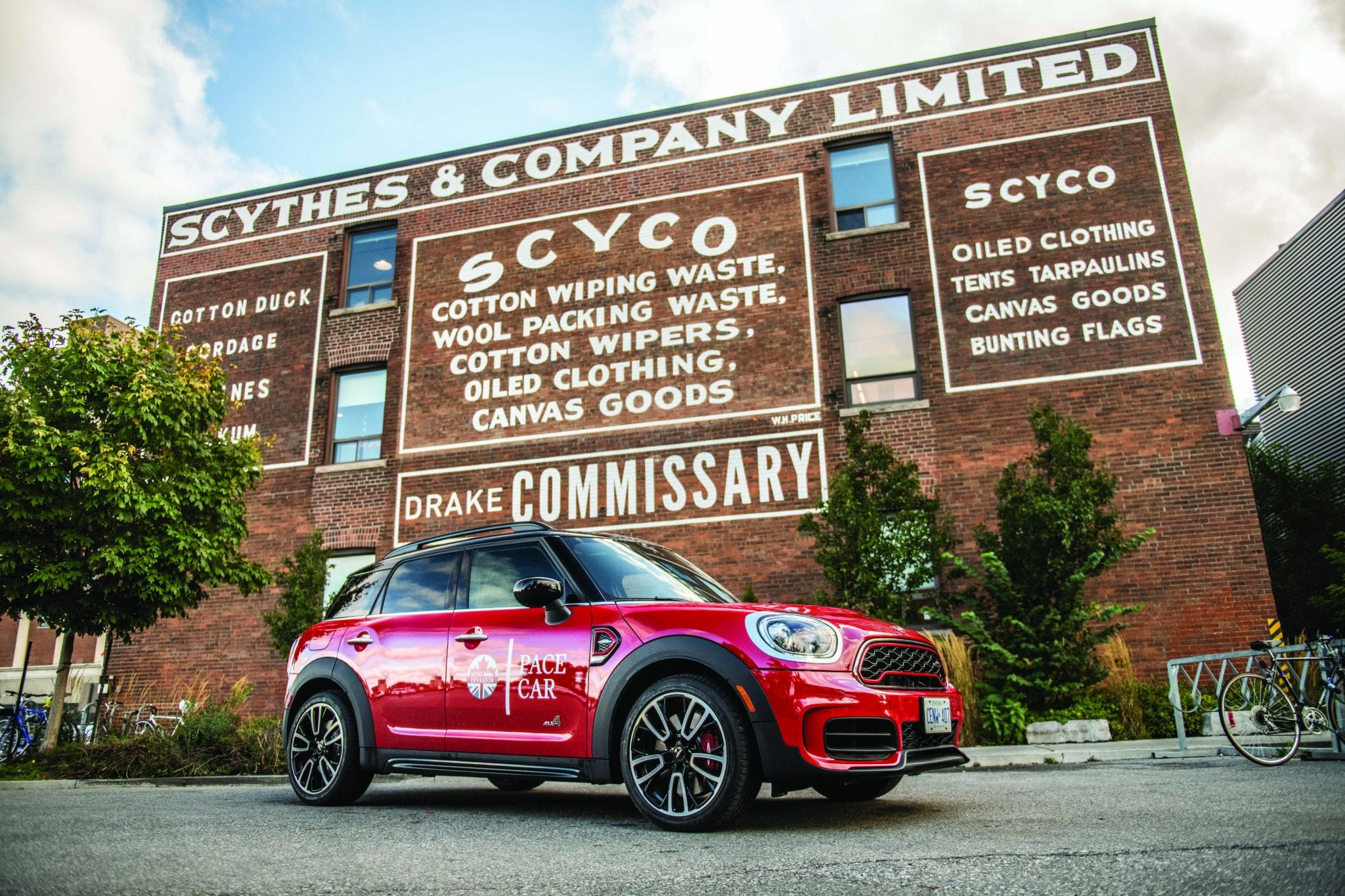 Motoring with MINI